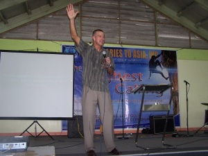 Reuben Egolf speaking at a Leadership Seminar in Philippines